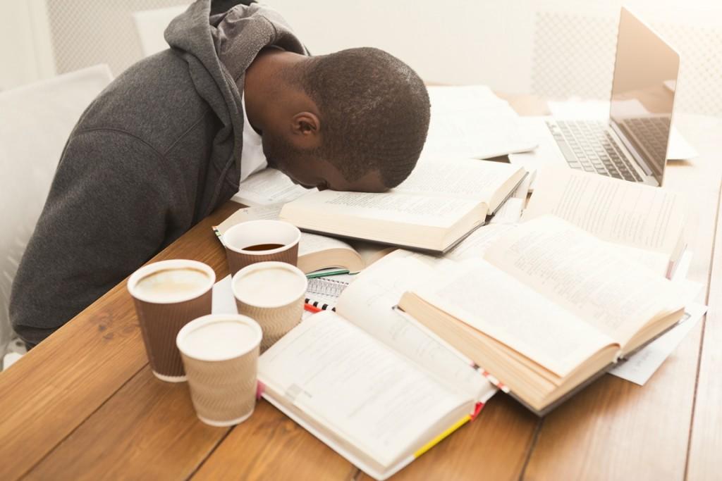 cteni-knizek - Podzimní únava je přirozenou reakcí organismu. Naučíme vás, jak s ní bojovat